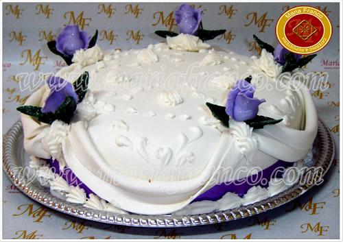 Tortas de Rosas Violetas