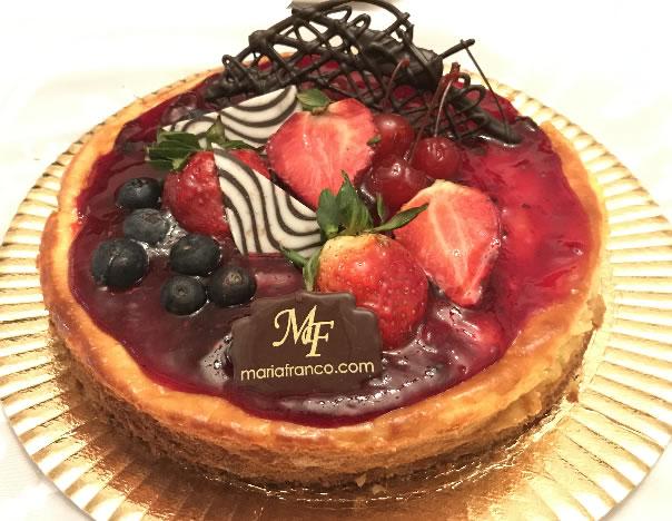 Torta cheesecake de frutos - Pasteleria Moderna - Reposteria Artistica - Servicios de lunch - Catering - Chocolateria Artesanal - www.mariafranco.com