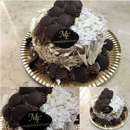 Torta de Mousse de chocolate y chocolate blanco - Reposteria Artistica - Pasteleria Moderna - Servicio de lunch - Catering - Chocolateria artesanal